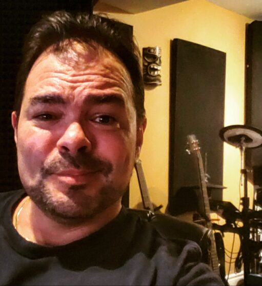 Roman Bari Voiceovers, Voice-Overs, Voice Actor, Narration for Commercial, Corporate, E Learning, Explainers and more!!